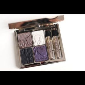 Clarins 10 Iris Blossom Rare Eyeshadow Palette